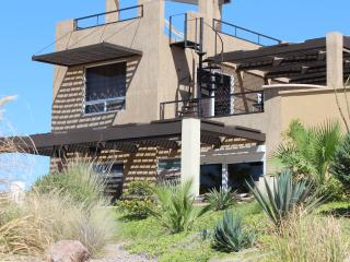 New SandyBeach - 3 bdr Beachhouse on pool/Jacuzzi! - Puerto Penasco vacation rentals