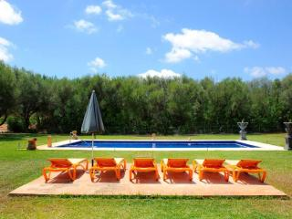 Beautiful rural house 10 min from the best beaches - Campos vacation rentals