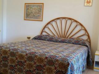 Cozy 3 bedroom House in San Cataldo with Internet Access - San Cataldo vacation rentals