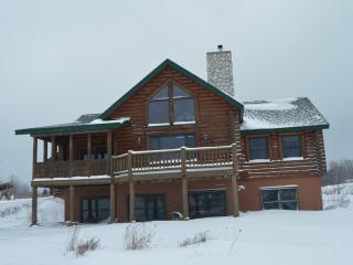 Charlevoix Cabin - Charlevoix vacation rentals