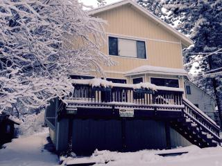 Nice 5 bedroom Cabin in Big Bear Lake with Deck - Big Bear Lake vacation rentals