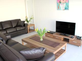 Alpine Place Villas Sydney - sleeps 10 - 12 - Sydney vacation rentals