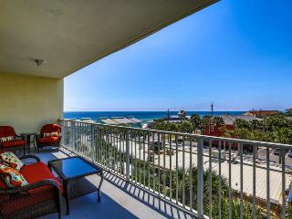 Bright House with Internet Access and Shared Outdoor Pool - Laguna Beach vacation rentals