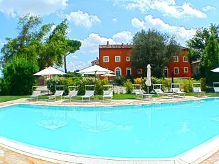 Borgo di Libbiano (Cellini) - Peccioli vacation rentals