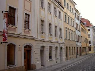 Dresden Studio Apartment CANALETTO im Stadtzentrum - Dresden vacation rentals