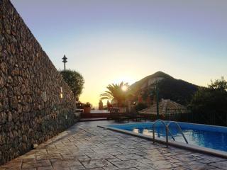 Cozy 2 bedroom Vacation Rental in Ermones - Ermones vacation rentals