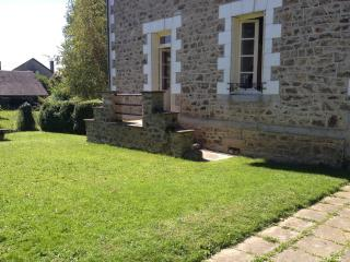 Comfortable 3 bedroom Haute-Vienne House with Dishwasher - Haute-Vienne vacation rentals