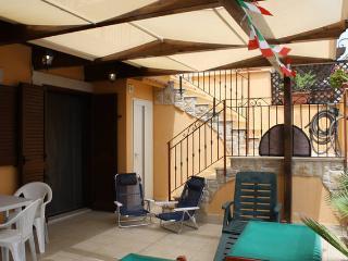 Casa Vacanze Bouganville - Barletta vacation rentals