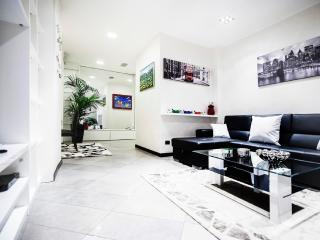 Hemeras Boutique House - Duomo - Milan vacation rentals