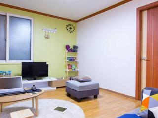 [3Bedroom/2Bathroom]@Hongdae area - Seoul vacation rentals
