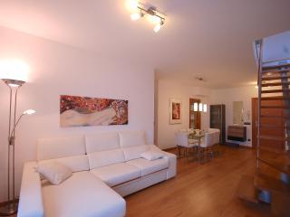 EXCELLENT DUPLEX PENTHOUSE in TOSSA  DE MAR - Tossa de Mar vacation rentals