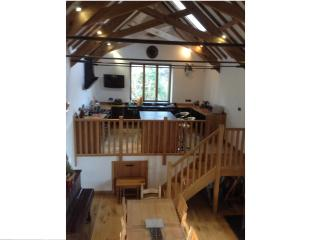 Nice Barn with Internet Access and Dishwasher - Kingsbridge vacation rentals