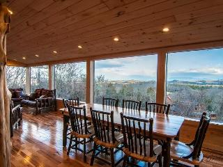 LUXURY 3 LEVEL CABIN w/PANORAMIC MOUNTAIN VIEWS! - Sevierville vacation rentals