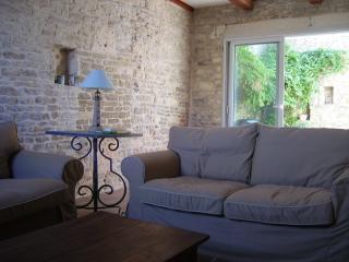 Maison de Caractere Ile Oléron - Saint-Pierre d'Oleron vacation rentals