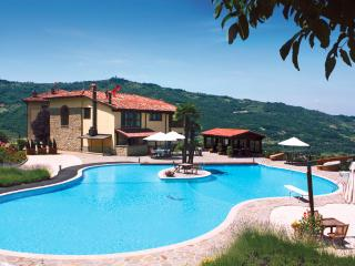 Bright 4 bedroom Villa in Melazzo with Internet Access - Melazzo vacation rentals