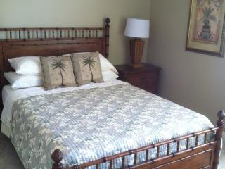 Cozy 3 bedroom House in Greater Palm Springs with Deck - Greater Palm Springs vacation rentals