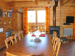 Bright 3 bedroom Agnieres en Devoluy Ski chalet with Internet Access - Agnieres en Devoluy vacation rentals