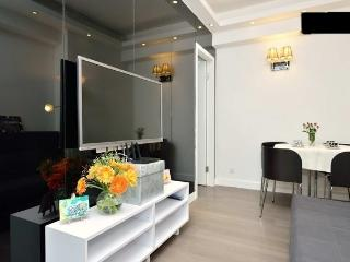 Newly deco 2 rooms w/ nice terrace - Hong Kong vacation rentals