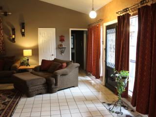 Easy Access to All DFW! HI Speed Wifi Internet! - Dallas vacation rentals