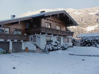 Haus Ram, 38 m2 ~ RA7599 - Aschau im Zillertal vacation rentals