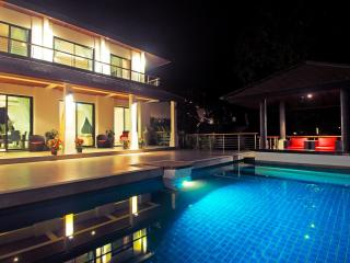 Beautiful villa in the tropics - Koh Samui vacation rentals
