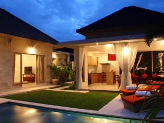 2 BR Villa in Batu Belig - Seminyak - Seminyak vacation rentals