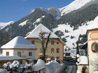 Gartenhaus Dengg ~ RA8070 - Tirol vacation rentals