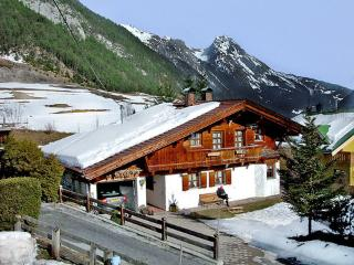 Chalet ~ RA8042 - Pettneu am Arlberg vacation rentals