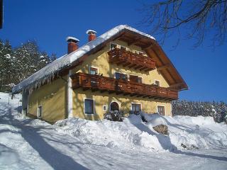 50 M2, Dachgeschoss ~ RA8216 - Bleiburg vacation rentals