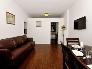 Sutton Court 3BR/1BA for 7 in Midtown East - New York City vacation rentals