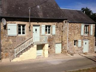Beautiful 3 bedroom House in Pre-en-Pail with DVD Player - Pre-en-Pail vacation rentals