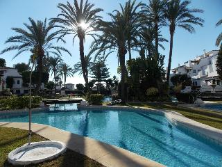 SPACIOUS FIVE BED TOWN HOUSE IN GREAT LOCATION - Nueva Andalucia vacation rentals
