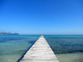 Beachfront Apartment, Playa de Muro Mallorca - Playa de Muro vacation rentals