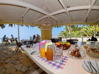ALBOURO SEAFRONT APARTMENTS - Katelios vacation rentals