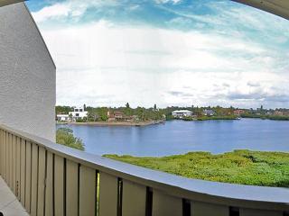 Large double suite Siesta Key vacation Rental Condo with water views - Siesta Key vacation rentals