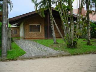 Casa na Praia - cond fechado - UBATUBA - Ubatuba vacation rentals