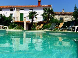 Beautiful 5 bedroom Vacation Rental in Manjadvorci - Manjadvorci vacation rentals