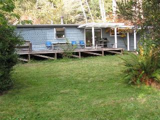 Patrick's Point Retreat~Free Patrick's Point Park Pass & Beach Gear~Sleeps 8 - Trinidad vacation rentals