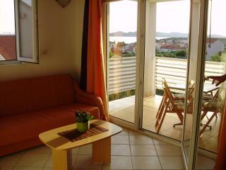Pakostane, AP 3+2, nice see view - Pakostane vacation rentals