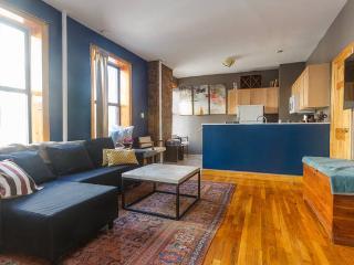 Lovely E Vill 2BR: Large & Sunny - New York City vacation rentals