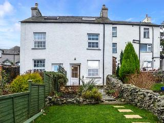 2 MOUNT PLEASANT, cottage with woodburner, pet-friendly, garden, in Greenodd, Ref 919927 - Grange-over-Sands vacation rentals