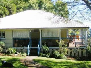 Montville Holiday House - Montville vacation rentals