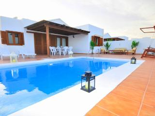 Villa Papagayo - El Cotillo vacation rentals