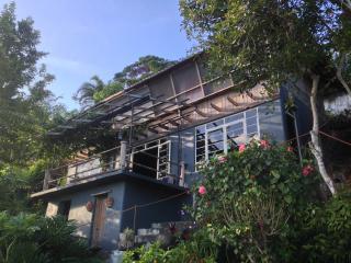 Overlooking Tagaytay Chalet - Tagaytay vacation rentals