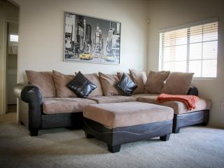 Tempe - Scottsdale Luxury Condo - (Tempe Town Lake) - Tempe vacation rentals