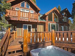 *Tahoe Vista 5 BR Lake View w/ Hot Tub, Pool Table - $50 OFF 2 nts in APRIL** - Brockway vacation rentals
