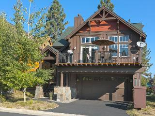 Coyote Run Beautiful Truckee 3 BR Home - 10 minutes to Northstar - Truckee vacation rentals