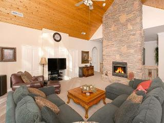 Serene 4 BR Home in Tahoe City - 2 Master Suites - $100+ OFF THIS WEEKEND! - Tahoe City vacation rentals