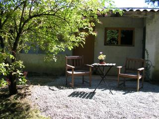 Charming 1 bedroom Gite in Saint-Blancard - Saint-Blancard vacation rentals