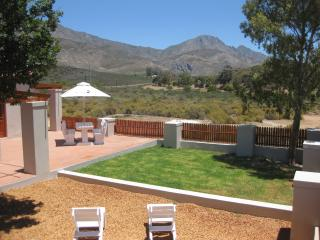 2 bedroom Cottage with Internet Access in Montagu - Montagu vacation rentals